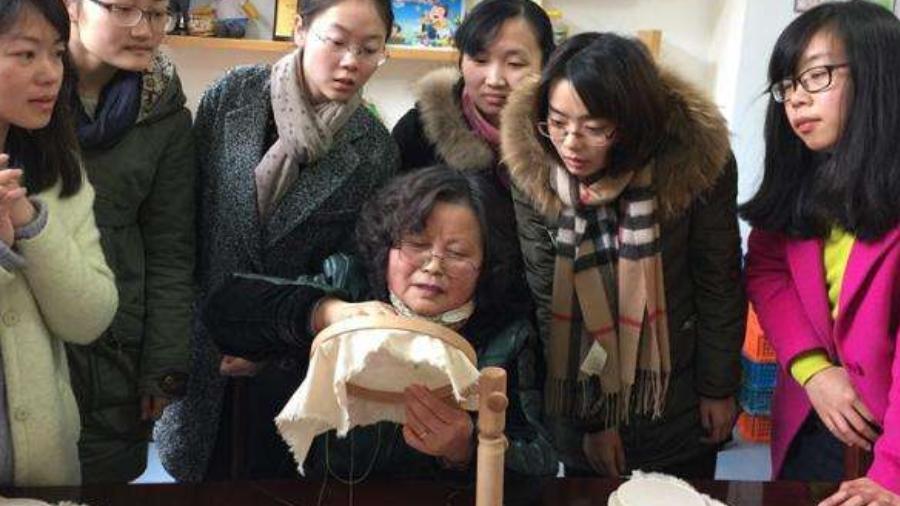 手作团建|传统刺绣团建课程