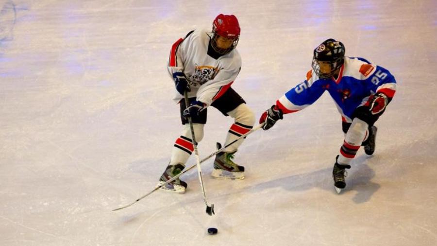 运动团建|在这里,爱上冰球!